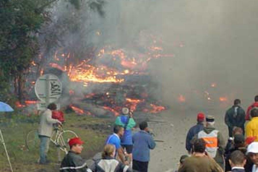 Éruption du 13 aout 2004