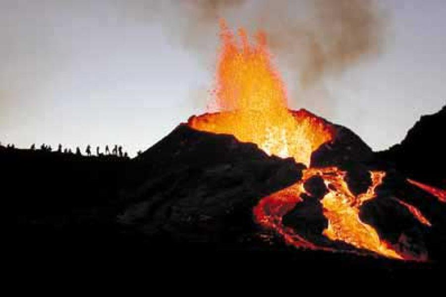 Éruption du 22 août 2003